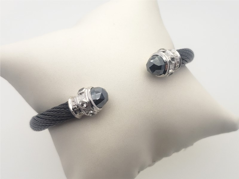 Bracelets - Steel cable with hematite and cz bangle