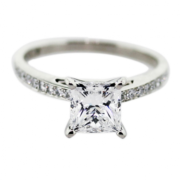 Hearts On Fire Engagement 001 007 00039 Straight Line From Barnes Jewelers Oconomowoc Wi